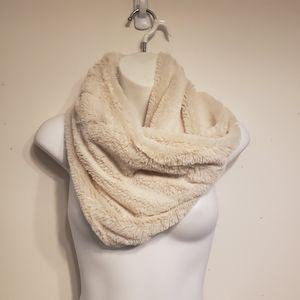 Infinity scarf NWOT